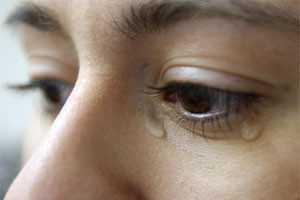 как обойти плохую примету со слезами