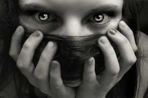страшные глаза