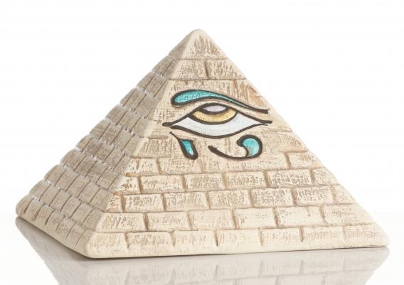 Пирамида в фен шуй