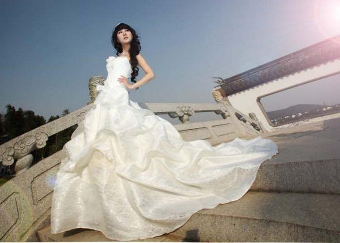 Продавать ли свадебный наряд?
