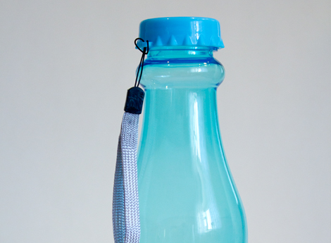 Голубая бутылочка