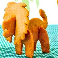 Печеньевый лев на столе