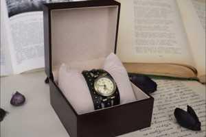 часы в подарок плохая примета