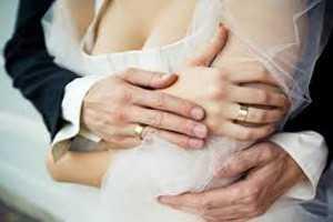 молодая пара жениться в високосный год