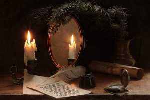 свеча и лист бумаги