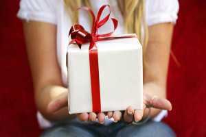 Как сделать приворот на подарок?
