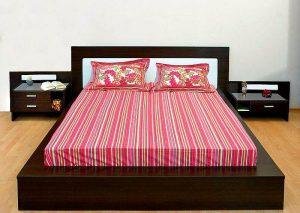 Двухспальная кровать с цельным матрасом