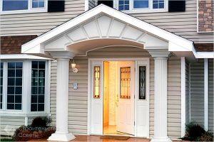 расположение входной двери дома