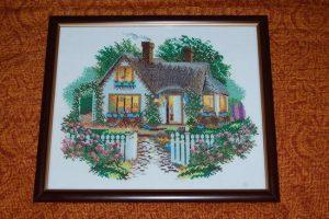 Вышивка дом