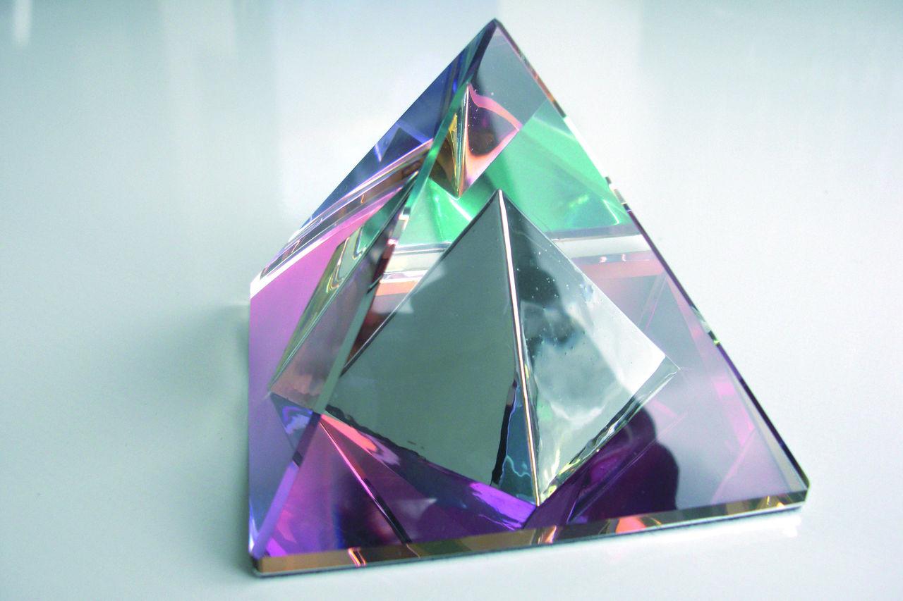 Значение пирамиды в пирамиде по фен-шуй