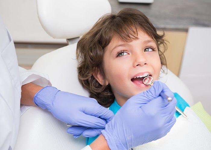 Что делать с молочным зубом?